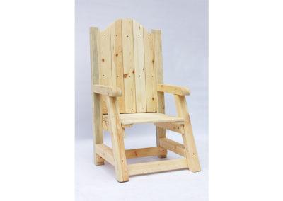 Fotel – tron z palet